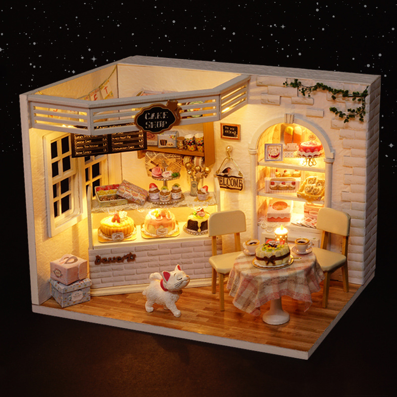 H014 Miniatura Wooden Diy Europe Shop Doll House Furniture