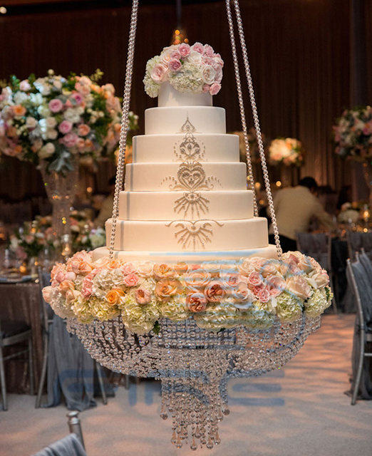 Hanging Chandelie Wedding Cake Stand Transparent Acrylic Beads