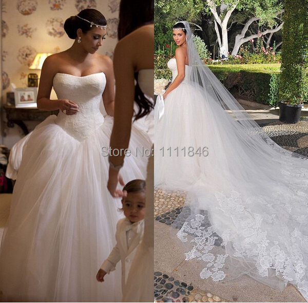 249 28 Romantic Kim Kardashian Wedding Dress Lace Strapless Tulle Ball Gown Backless Sexy Wedding Gown 2015 Custom Made Robe De Mariage En Vestidos