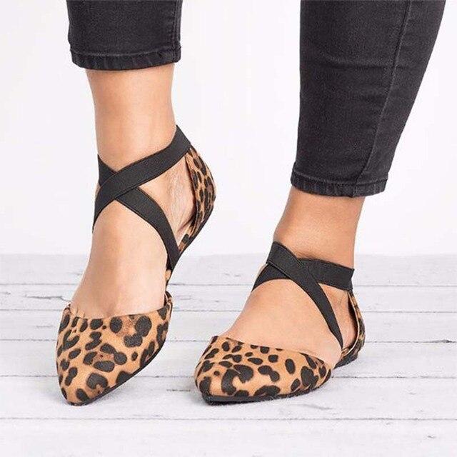 Kadın Flats Ayakkabı Leopar Iki Adet Çapraz Elastik Bant Kadın Sivri Burun bale ayakkabıları Bayanlar Rahat tek ayakkabı Sandalet Yaz