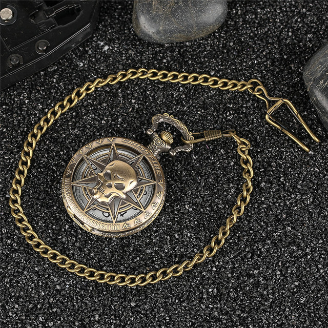 Rock Fashion Pocket Watch Skull Stars Skeleton Carving Pendant Chain Rebellious Gothic Hollow Clock Hot Cool Gifts for Men Women