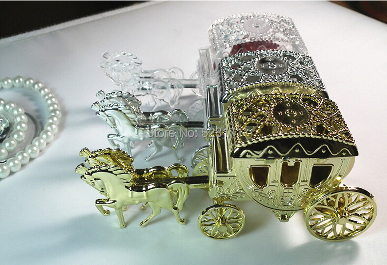 Free Shipping 12pcs Royal Carriage Wedding Favor Candy Box