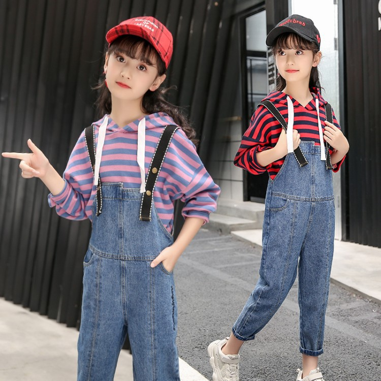 цена на Clothes Set For Girls Teenager 2018 Girl Boutique Outfit Sets Hooded Striped Long Sleeve Sweatshirt + Jeans Overalls 7 8 9 10 12