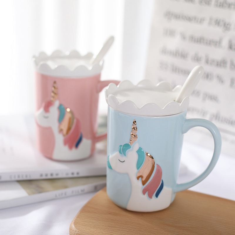 Creative 3D Relief Glod Unicorn Coffee Mug with Spoon and Crown Lid Drinking Coffee Tea Cup Gift