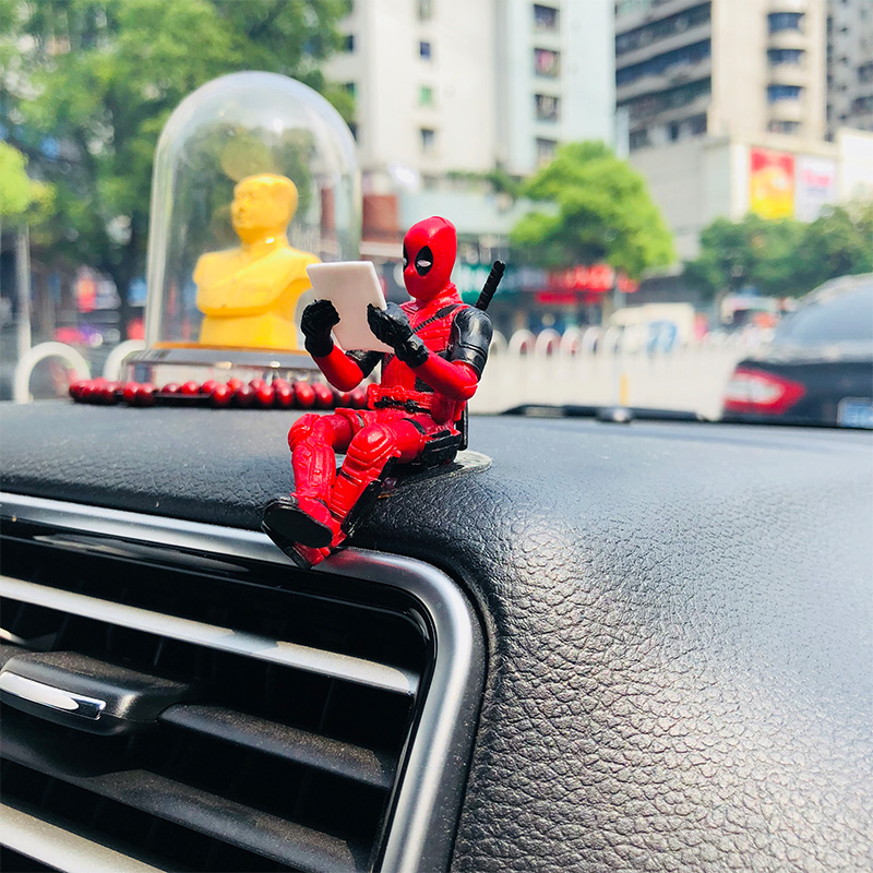 Car Ornaments Deadpool Personality Car Ornament Action Figure Sitting Model Anime Mini Doll Car Decoration Car Accessories