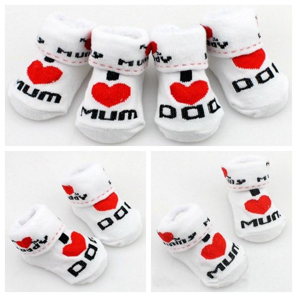 MOONBIFFY Baby socks rubber slip-resistant floor socks love dad love mum cartoon kids socks for girls boys Free Shipping