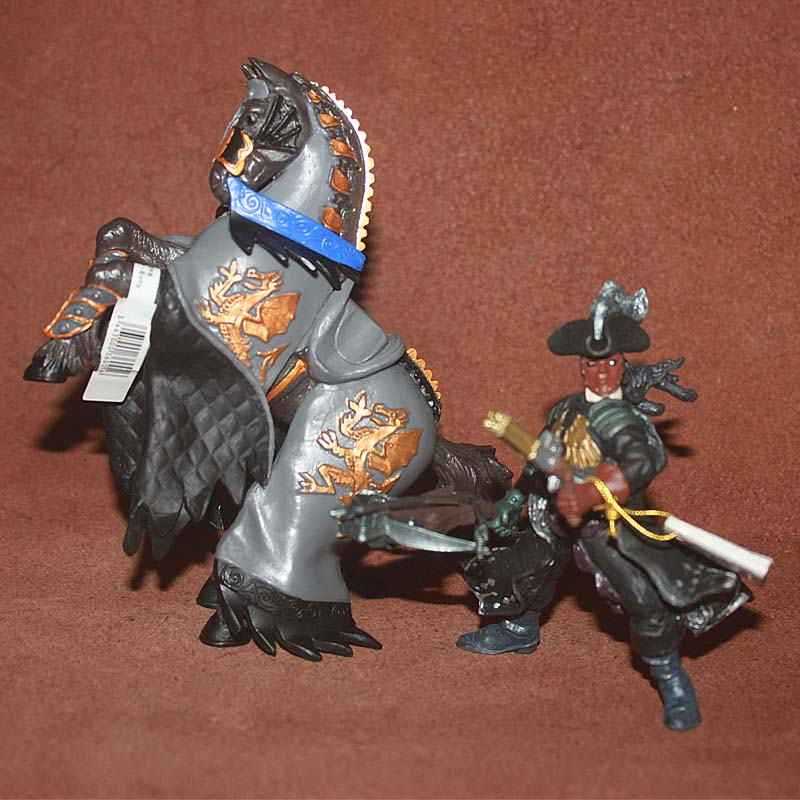 pvc figure war horse Model Toys Soldiers Scene Decorations Wings Red Knights Lich Kings and War Horses недорго, оригинальная цена
