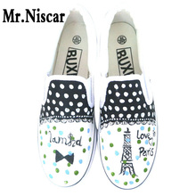 Eiffel Tower Style Low Slip-On Breathable Flat Shoe Men Women Hand Painted Canvas Shoes Man Woman Iron Towers Graffiti Shoes