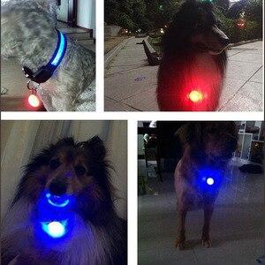 Image 3 - مشبك LED صغير على سلامة ليلة ضوء ملون طوق سلسلة مفاتيح مضيئة مع حلقة تسلق القط طوق بكلاب يؤدي أضواء مع البطارية