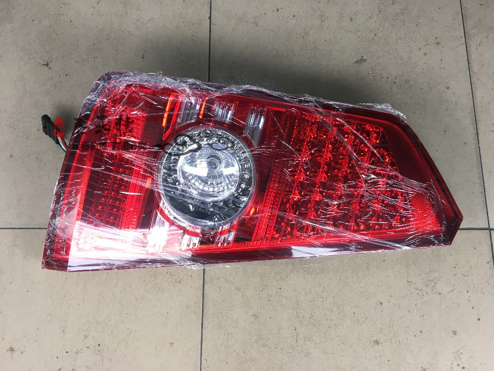 YUTONG Bus Parts ZK6110H ZK6107HA Right&left Tail Light&lamp Free Shipping One Piece