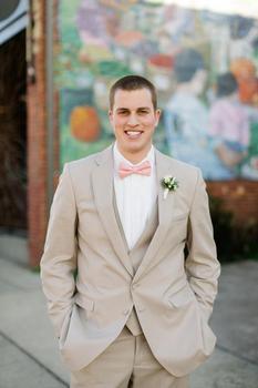 Fashion Style Two Buttons Beige Groom Tuxedos Groomsmen Men's Wedding Prom Suits Bridegroom (Jacket+Pants+Vest+Tie) K:558