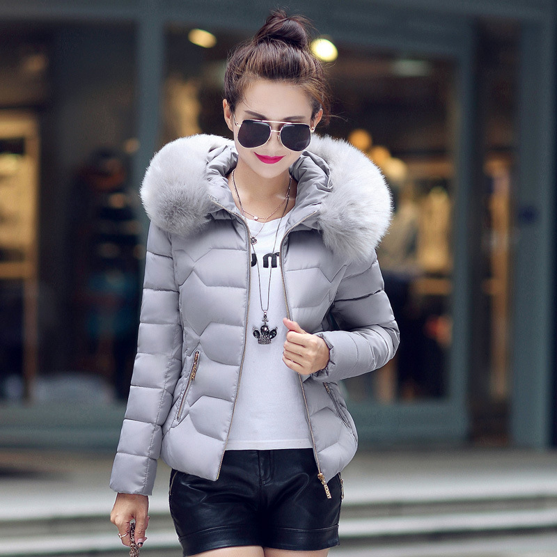 S-2XL Winter Coat Casual Cotton Down Jacket Hoodie   Parkas   Big Fur Collar Clothes Slim Fit Keep Warm Female Coat 611MC18