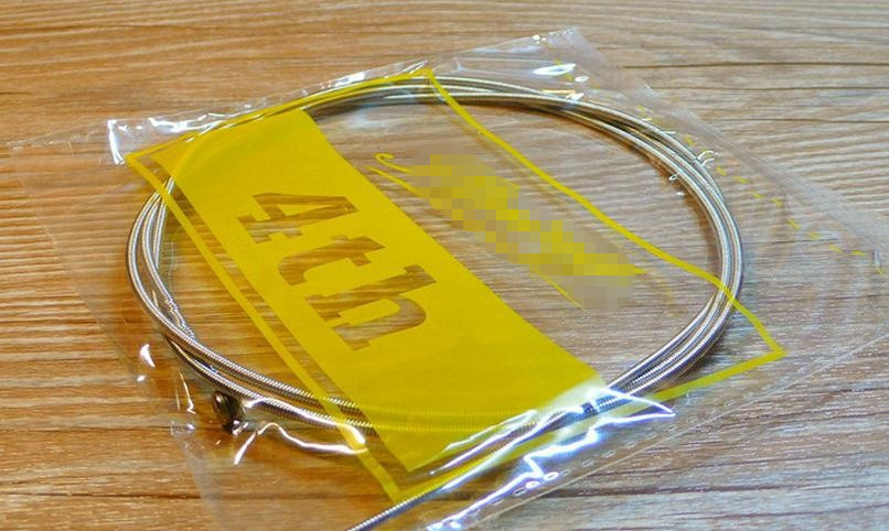 4 strings Bass guitar strings  .045-.090 electric Bass Guitar Strings guitar parts wholesale musical instruments accessories 4pcs 990l electric bass guitar string 045 090 strings for electric bass with colored box