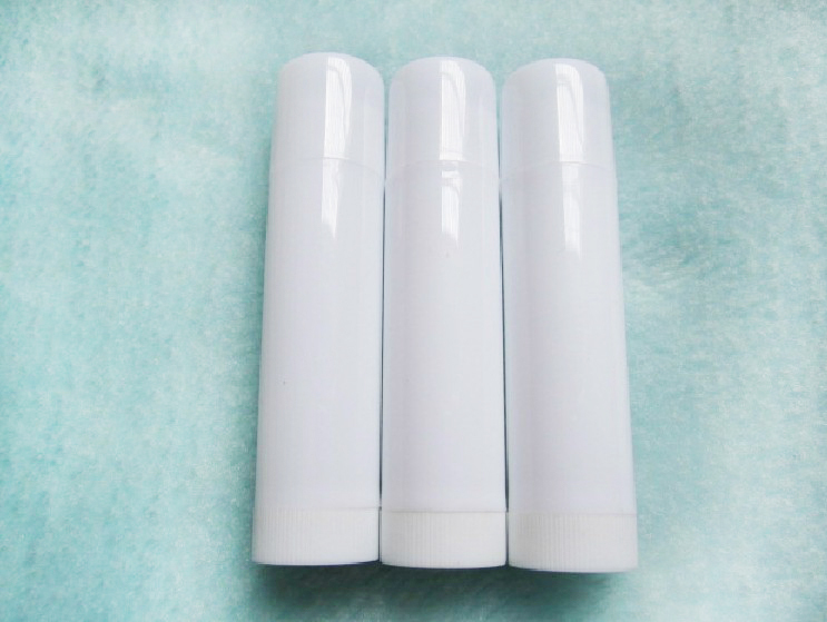 200 pcs lot Plastic empty lipstick tube 5g 5ml lip balm tube container for cosmetic packing