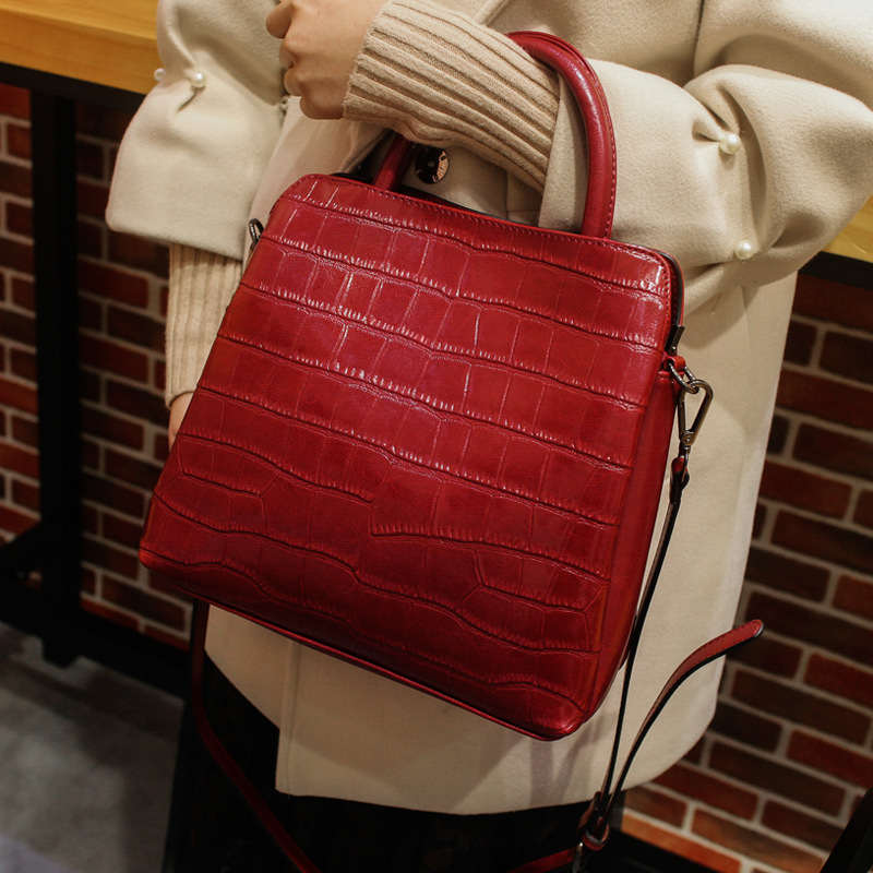 LKX 2018 New Pattern Genuine Leather Woman Package Fashion Ma'am Portable Oblique Satchel Cowhide Single Shoulder Package lkx 2018 new pattern genuine leather woman package wax oil cowhide fashion hundred take the hand bill of lading shoulder satchel