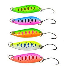 5pcs/lot 5g 4cm Fishing Tackle Bait Metal Spoon Lure For Trout Bass Spoons Small Hard Sequins Spinner