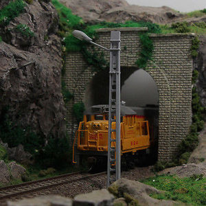 Image 2 - Evemodel poste de rejilla para alumbrado público, 5 uds., modelo de torre, lámparas de vía férrea, escala OO/HO/TT, modelo lin48, tren 1/87