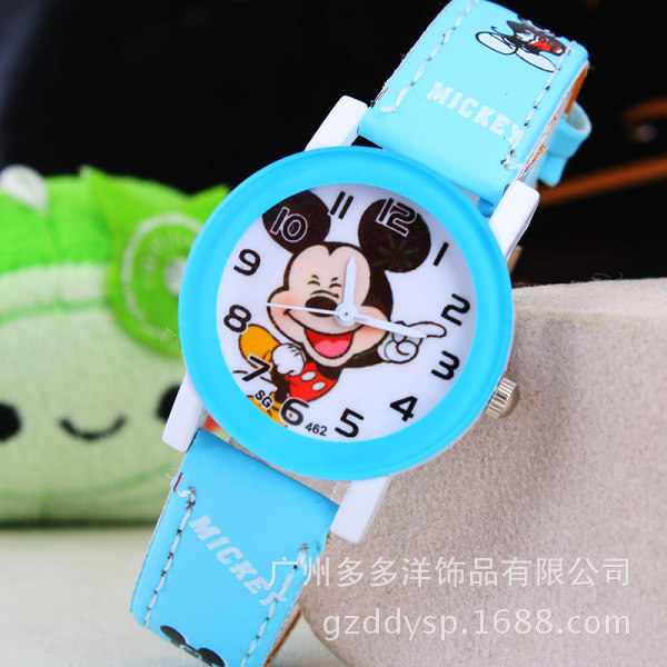 New 2016 fashion cool mickey cartoon watch for children girls Leather digital watches for kids boys Christmas gift wristwatch