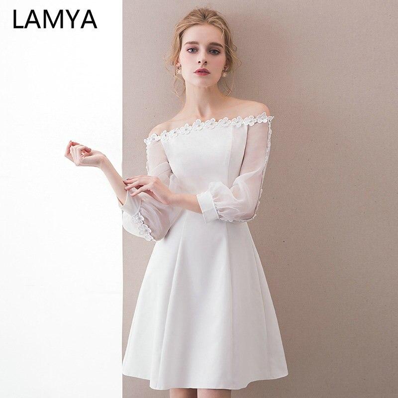 LAMYA Appliques complètes robes de bal 2019 court Satin une ligne robe de soirée Patry personnalisé col bateau robe formelle pour les femmes