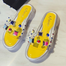 цены на Women Jelly Shoes  Clear PVC Platform Wedge Outdoor Slippers Girl Rivet   High Heel Thick Sole Summer Slides  в интернет-магазинах