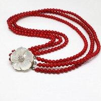 Yeni 4 satırlar kırmızı yapay mercan 6mm yuvarlak boncuk güzel beyaz anne shell çiçek kapat charms kolye 17-18 inç B1453
