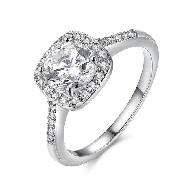 Купить женское кольцо с фианитом золотистое картинки