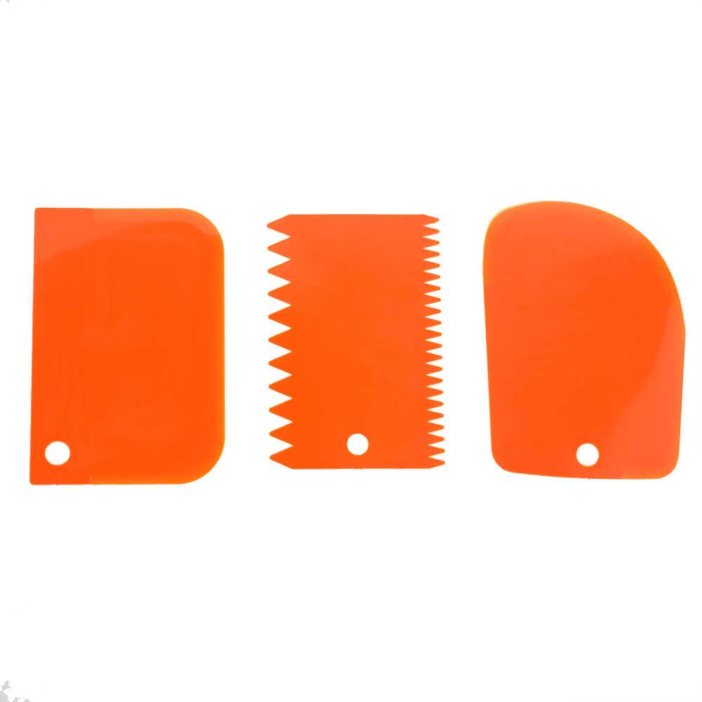 สูงจำนวนแปดสีสามชิ้นชุดครีมพลาสติก Scraper เค้กครีม DIY เครื่องมือ