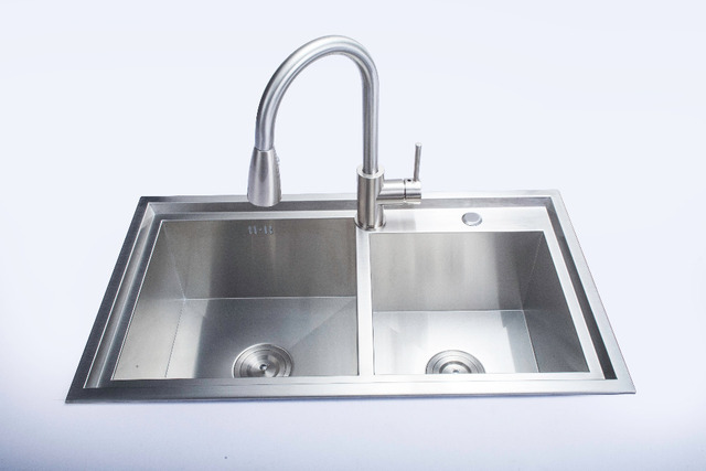 78x43x22cm Handmade Double Bowl Undermount Kitchen Sink 304 Stainless Steel With Pull
