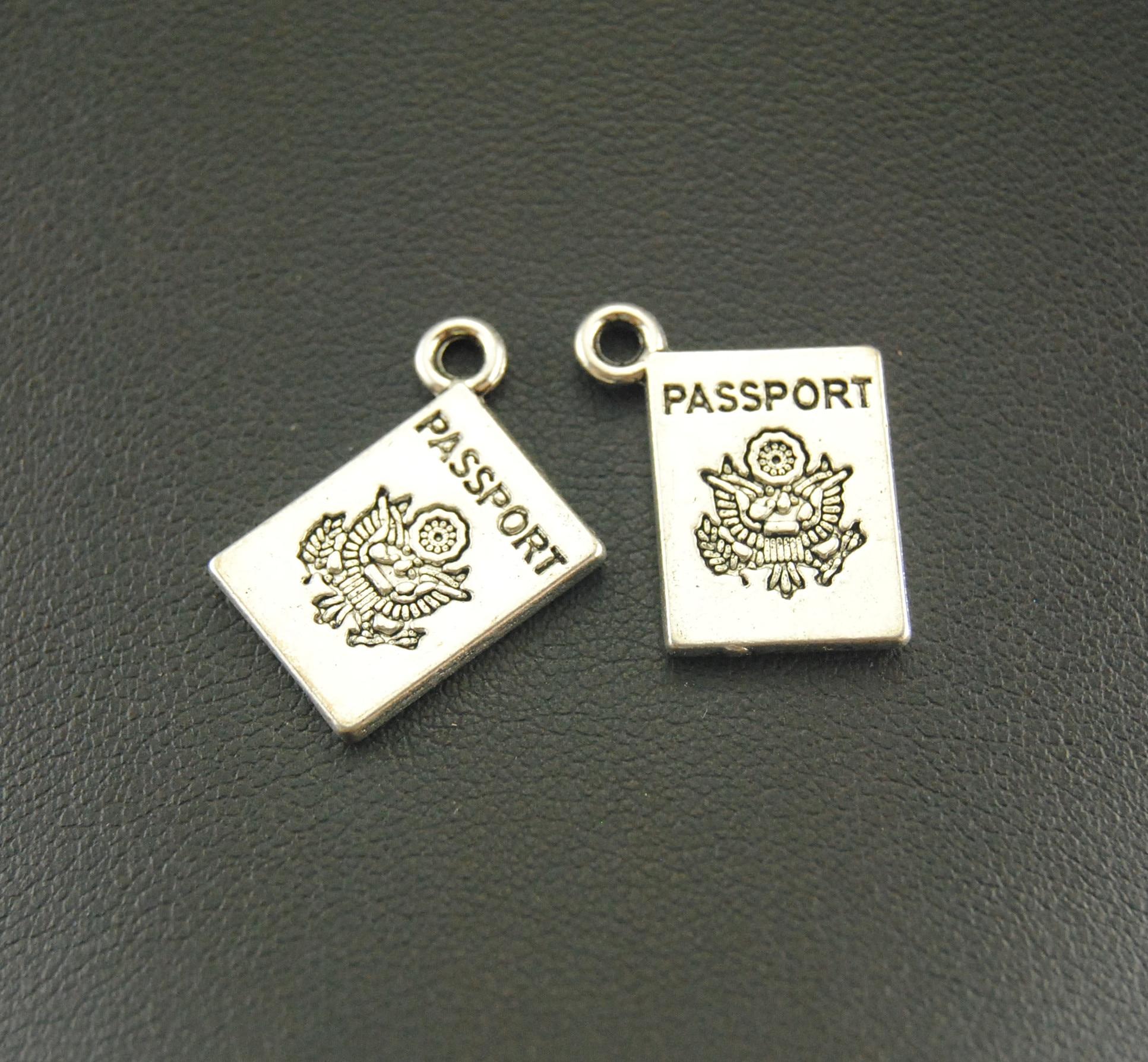 10 Stücke 15x18mm Antike Silber Passport Charme Schmuck Anhänger Für Armband Halskette A824