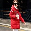 Super Deal Mulheres Jaqueta de Inverno Parka 2016 Moda Splicing Apliques das Mulheres Longo Casaco de Algodão Com Capuz Outerwear
