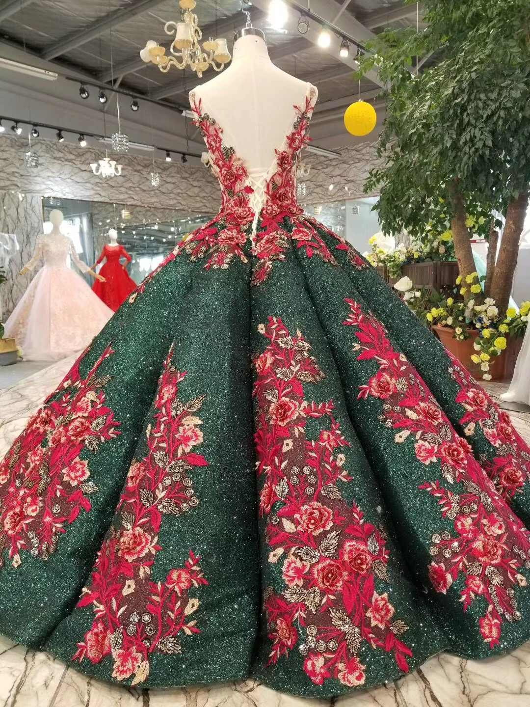 6c30a71daf 2019 Desamazing Omg Waves Long Evening Dress Ball Gown Emerald Green Lace  Red Wedding Party Gowns 2018 Red Formal Prom Dresses