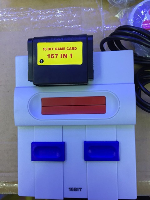 SPUER mini MD16 SG-105 16BIT AV sortie famille jeux TV console de jeux vidéo avec gratuit 167 jeux sega peut insérer des cartes de jeux