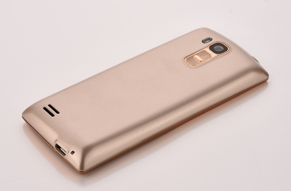 מקורי הטלפון Quad Band 2.4 אינץ ' מסך ה-SIM כפול כרטיסי טלפון סלולארי Bluetooth פנס MP3 MP4 רדיו FM GPRS תמיכה בריבוי שפות
