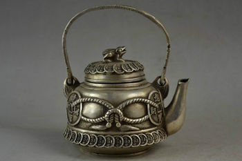 Old Handwork Miao Silver Carving C0in & Frog Lid Wealth Good Lucky Tea Pot
