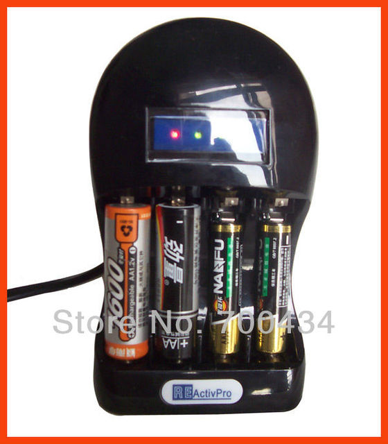 Hot sale world-first AA,AAA Alkaline Ni-MH battery reactivate charger save money for camera and car toy