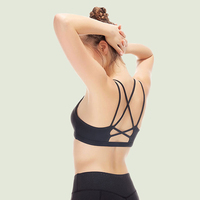 Seamless No Rims Halter Sporting Brassiere Absorb Sweat Tops Fitness Women Padded 2017 New Style