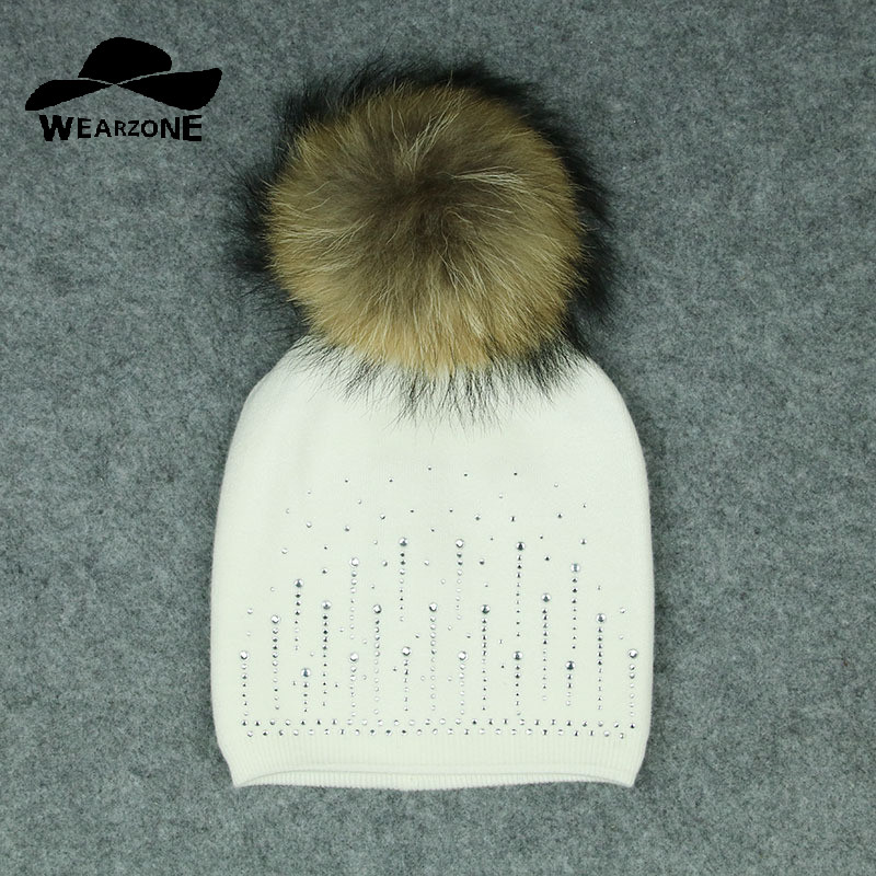 2017 Winter beanies hat Women knitted wool Skullies casual cap with real raccoon fox fur pompom solid colors ski gorros cap girl women brand winter beanie hat cap with real animal fur pompom mink fox large ball crystal floral knitted gorros skullies