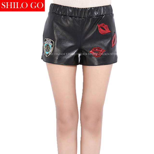 2017 winter autumn fashion women high quality sheepskin embroidery badge crystal sequins red lips patch elastic leather shorts