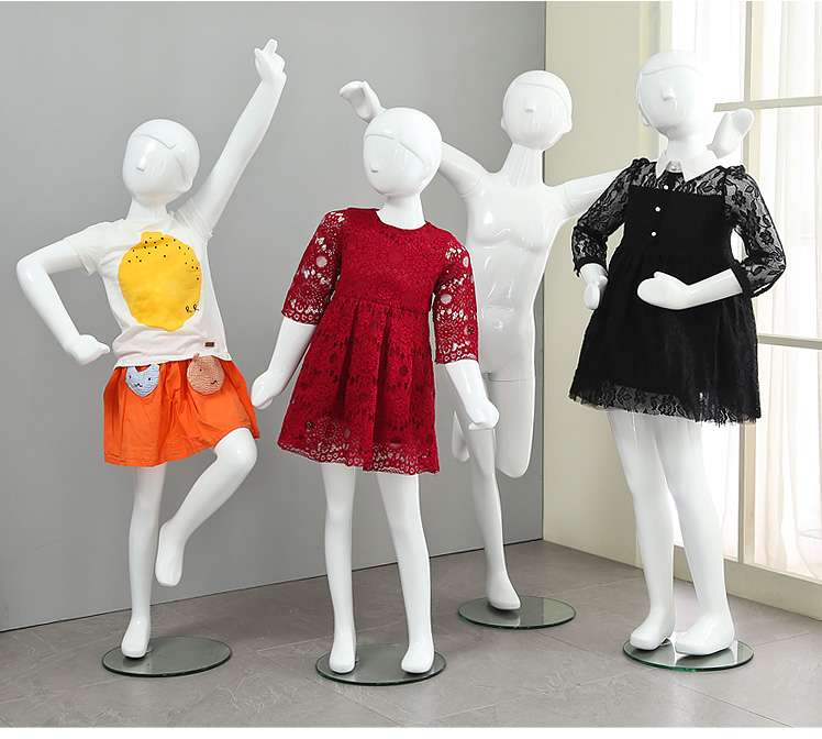 New New High Quality Fiberglass Child Mannequin Full Body Fashionable Style Child Model On Promotion