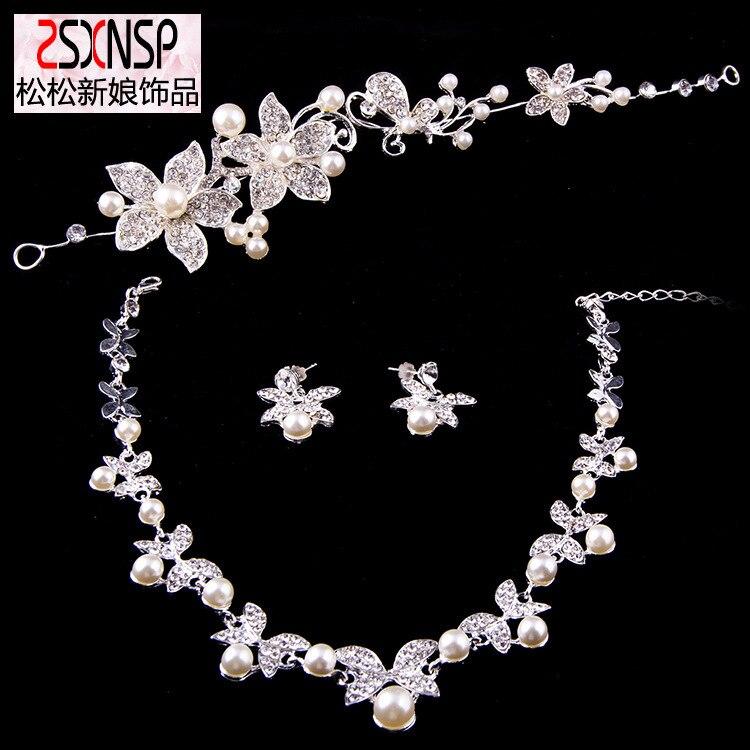f988e3449658 2016 moda de nueva llegada Juegos de joyería collar de cristal plateado y  Pendientes joyería nupcial conjunto Accesorios de boda