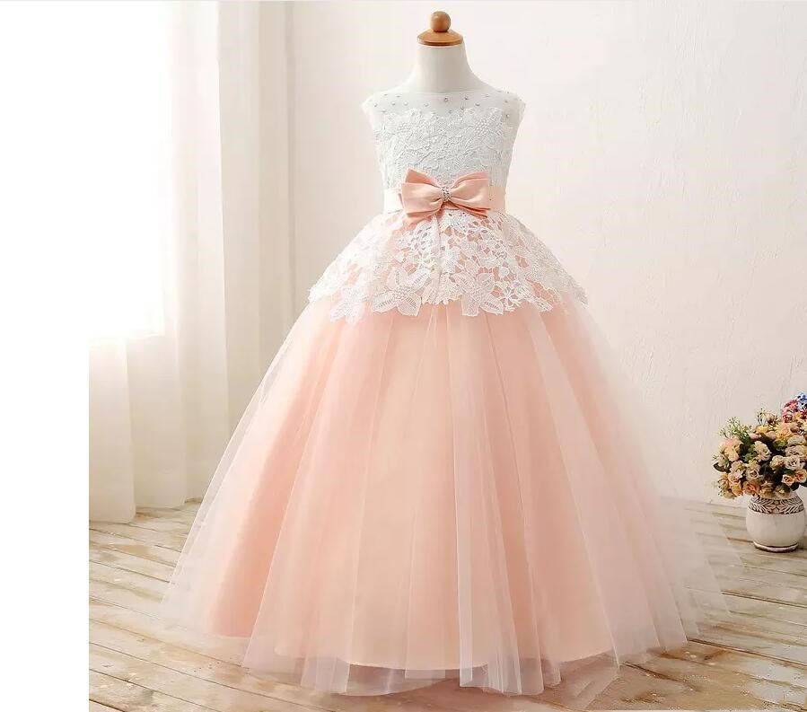 Lovely Scoop Neck Lace Flower Girl Dresses Lace up Back With Bow Tulle Floor-length Girls Pageant Dresses First Communion Dresse