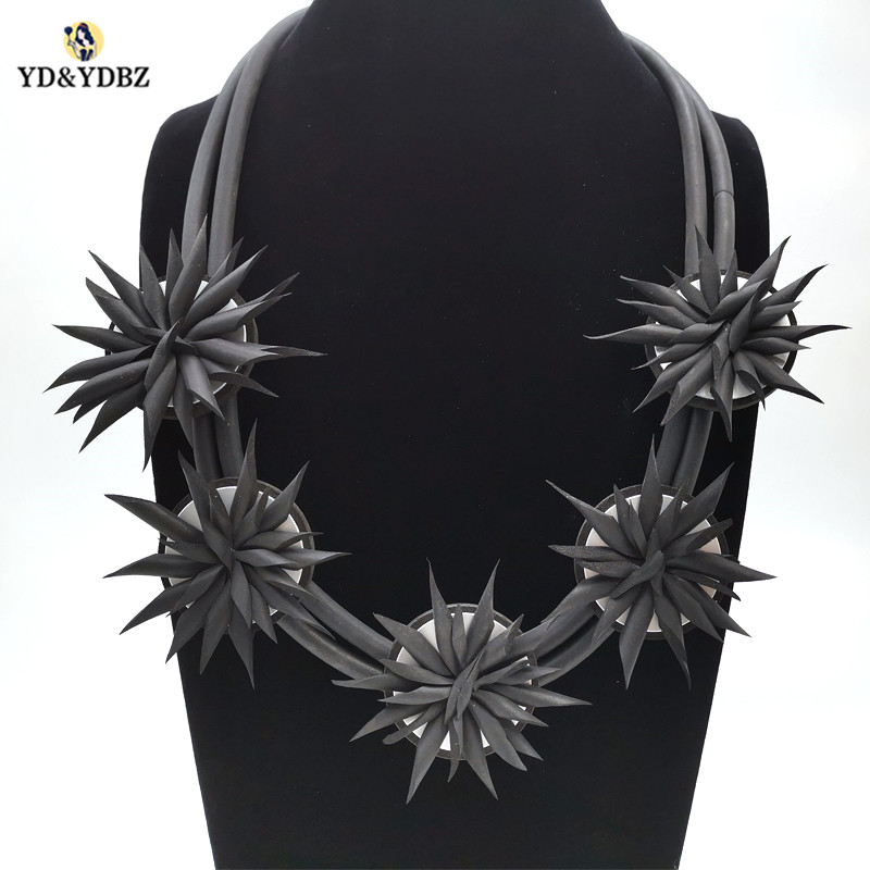 YD YDBZ New 5 Handmade Flowers Necklace Pendant For Women Harajuku Gothic Style Europe 2019 New Necklaces Luxury Jewelery Chains