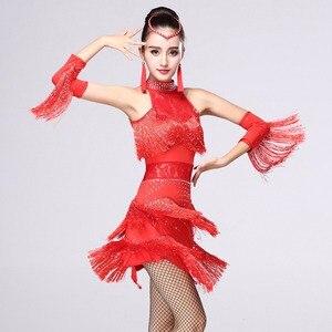 Image 2 - 5 farben Shiny Explosion Latin Dance Kostüm Frauen Fringe Kleid Latin Wettbewerb Kostüme Bühne Tragen Latin Dancewear Salsa Kleid