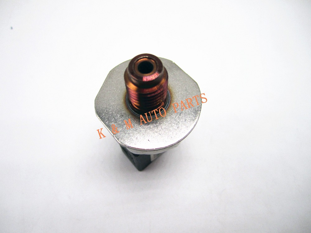 genuine new Fuel Rail High Pressure Sensor For Mercedes W212 S212 E Klasse Mercedes W204 S204 C Klasse 9307Z521A 55PP22-01 .