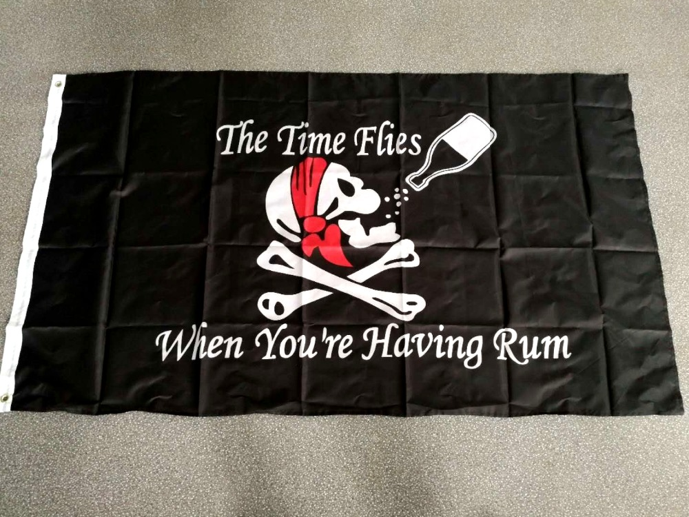Johnin 90*150cm Jolly Roger Skull Bone Drinking The Time Flies When You Are Having Rum Pirate Flag For Wine Bar Decoration