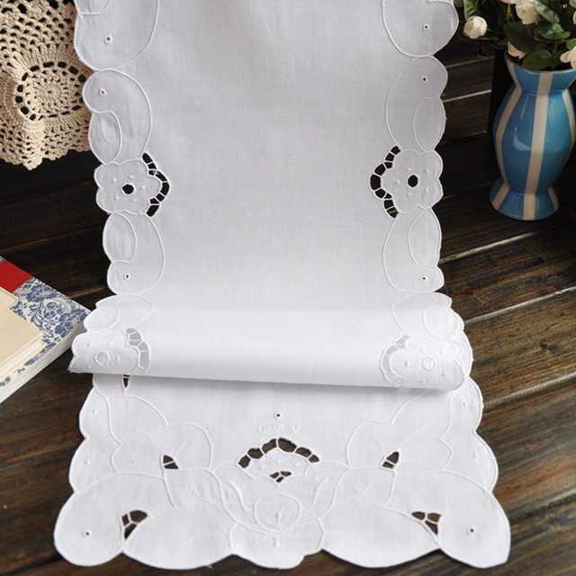 Superior For Sale White Table Runner Embroidery Cotton Table Runner 2 Size Avaliable