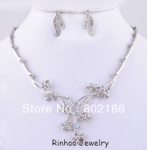Classic Design Wedding Jewelry Set Rhinestone Necklace Set