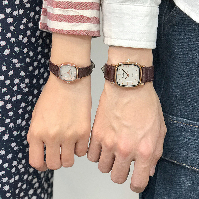 Image 2 - Men Square Quartz Wristwatches Business Retro Male Man Couple Watches Leather Band Bracelet Anqitue Bangle Watches Reloj-in Quartz Watches from Watches