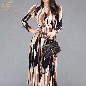 Image 1 - H Han Queen Sexy rayé imprimé robe femmes 2018 automne Style coréen col en v nœud pansement robes lâches Vintage longue balançoire robes