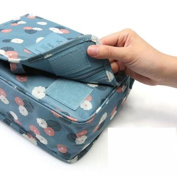 Manufacturers direct selling travel package hook up toiletries hanging bag cosmetic bag folding portable bag